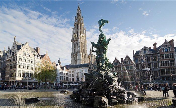 Het Station Antwerpen Centraal